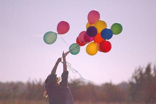 hạnh phúc luôn quanh ta