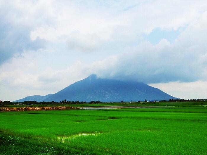 Cẩm nang du lịch Tây Ninh: Núi Bà Đen